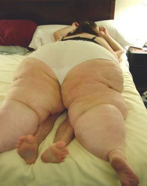 big_in_bed.jpg