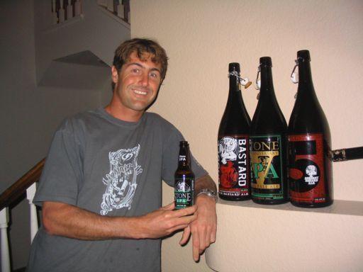 Little_bottle__Big_bottles.jpg