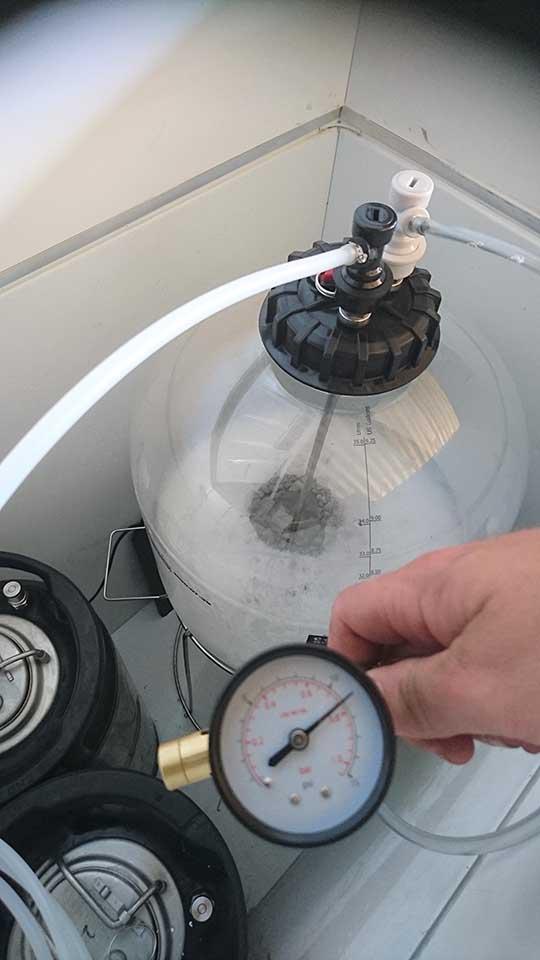 pressure lid 3.jpg